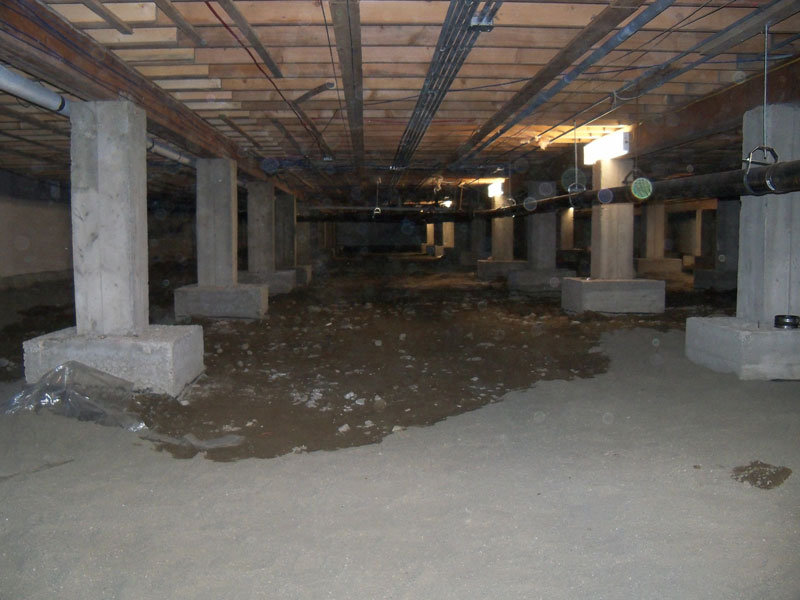 Crawspace without insulation